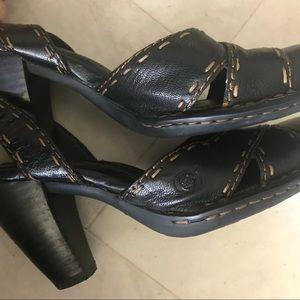 "Sz 6 BORN brown leather Sandals 3.5"" heel"